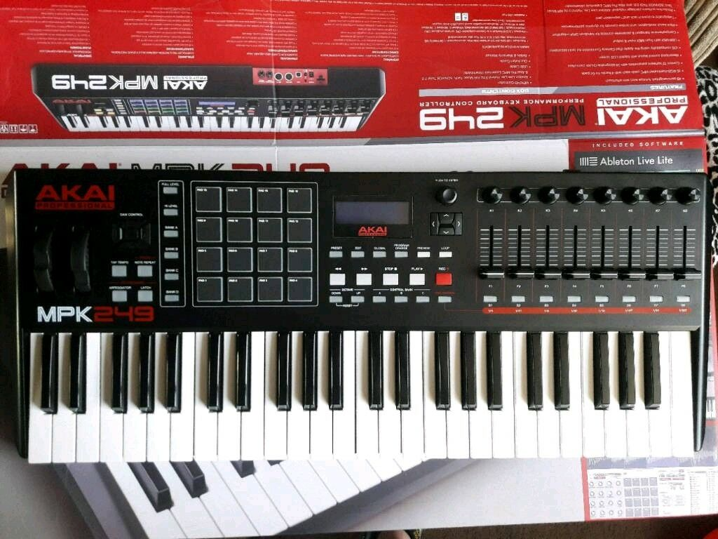 akai mpk 249 mpk249 midi keyboard with assignable pads faders knobs transport controls in. Black Bedroom Furniture Sets. Home Design Ideas