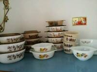 VINTAGE RETRO PYREX LOT 1