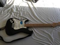Fender Stratocaster left handed electric guitar includes rigid case , stand , Fender Deluxe 900 amp
