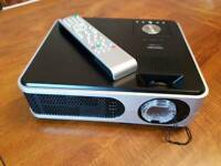 Toshiba TLP-X2000 Projector