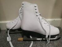 NEW Nevica Ice skates size 5