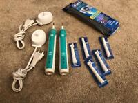 2x Oral-B pro 3000 electric toothbrush