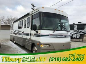 2000 Winnebago Chieftain 36L Diesel Pusher COMES WITH A FREE GEN