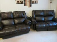 2 x 2 SETTER 100% LEATHER ELECTRIC RECLINING POCKET SPRUNG SETTEES IN BROWN