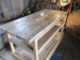 Beautifull Pine Kitchen Workstation