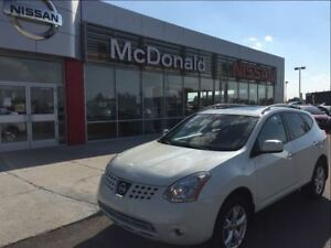 2010 Nissan Rogue SL  Sunroof One Owner