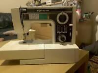 Toyota 6600 Sewing machine