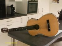 3/4 SIZE STRING GUITAR