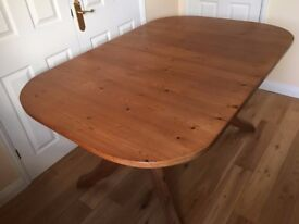 Pine extending table - ideal for family christmas meal :)