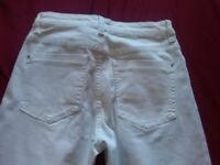 LADIES WHITE SIZE 6 SKINNY JEANS NEW