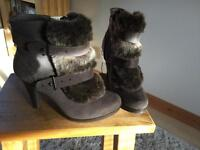 COSY & PLUSH/Ankle boots/M&S/Size 5.5 /TAUPE