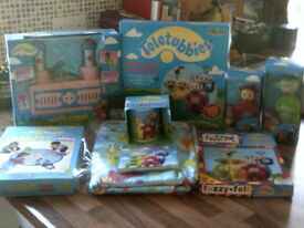 LARGE COLLECTION OF TELETUBBIES ITEMS, PLASTER CAST/TUBBY CUSTARD/GIANT TIDDLYWINKS/FUZZY FELT/MUG