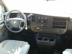 2010 Chevrolet Express 3500 CARGO VAN-MOBILE OFFICE-SPLICING VAN Belleville Belleville Area image 10