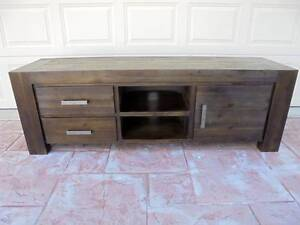 Kingston 180cm wide Entertainment Unit/TV Unit Rothwell Redcliffe Area Preview