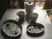 Country style pie dishes mugs and biscuit barrel