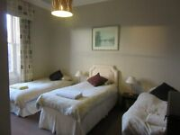 triple room with en suite bathroom for rent