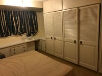 Large double room including bills for single occupancy only