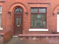 2 bed room house close to public transport recently been refurbished new kitchen carpet and doors
