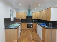 2 BEDROOM FIRST FLOOR FLAT TO RENT IN E14 - PART DSS