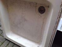 800 x 800 shower tray