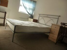 Cambridge north Spacious Double Room with parking and WiFi, Bills inc