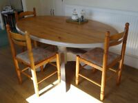 SOLID PINE OVAL DINING TABLE & CHAIRS
