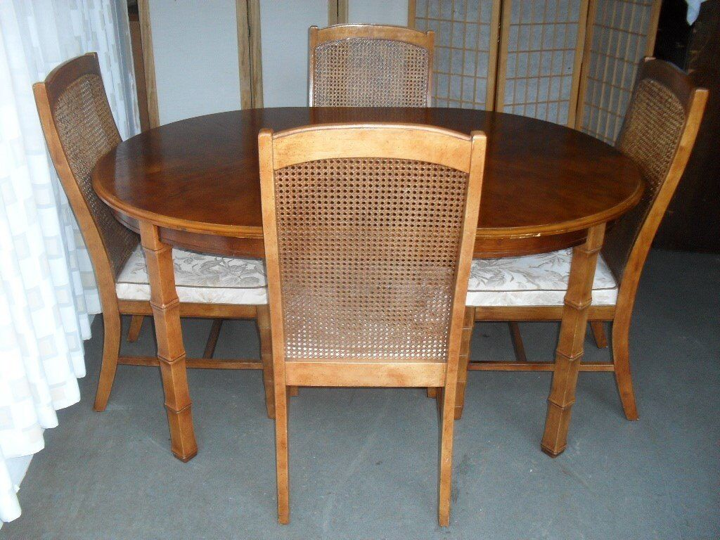Oak Oval Dining Table With Four Matching And Cane Back Chairs Free Delivery In Castlemilk Glasgow Gumtree