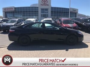 2015 Toyota Camry SE - BLACK ON BLACK - ONE OWNER AND NO ACCIDEN