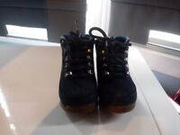 Kids blue timberland boots