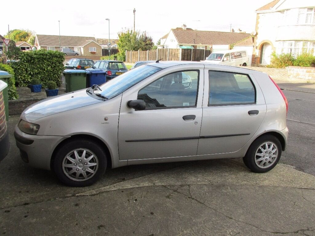 fiat punto 1 2 2002 silver 5 doors mot until oct 2017 in bognor regis west sussex. Black Bedroom Furniture Sets. Home Design Ideas