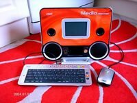 A CHILDS VTECH MEDIA DESKTOP IN EXCELENT WORKING ORDER