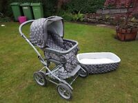 Mamas and Papas pram and moses basket
