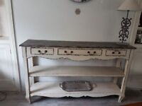 SHABBY CHIC TABLE/SIDEBOARD