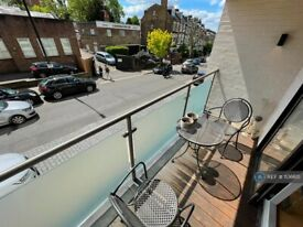 3 bedroom flat in Iverson Road, London, NW6 (3 bed) (#1136615)
