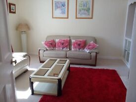 2 BEDROOM FIRST FLOOR HOUSE. LONG TERM LET