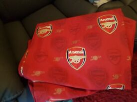 Arsenal curtains as new 160cm wide 134cm long