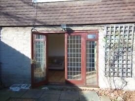 **URGENT**Cheap 4 bedroom house with garden - 2 reception areas. Very Cheap!!
