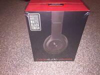 Beats By dre studio 2 Wireless Headphones matte Black New