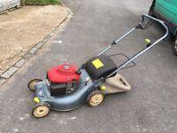 Honda Izy Petrol mower (self propelled) in great working order