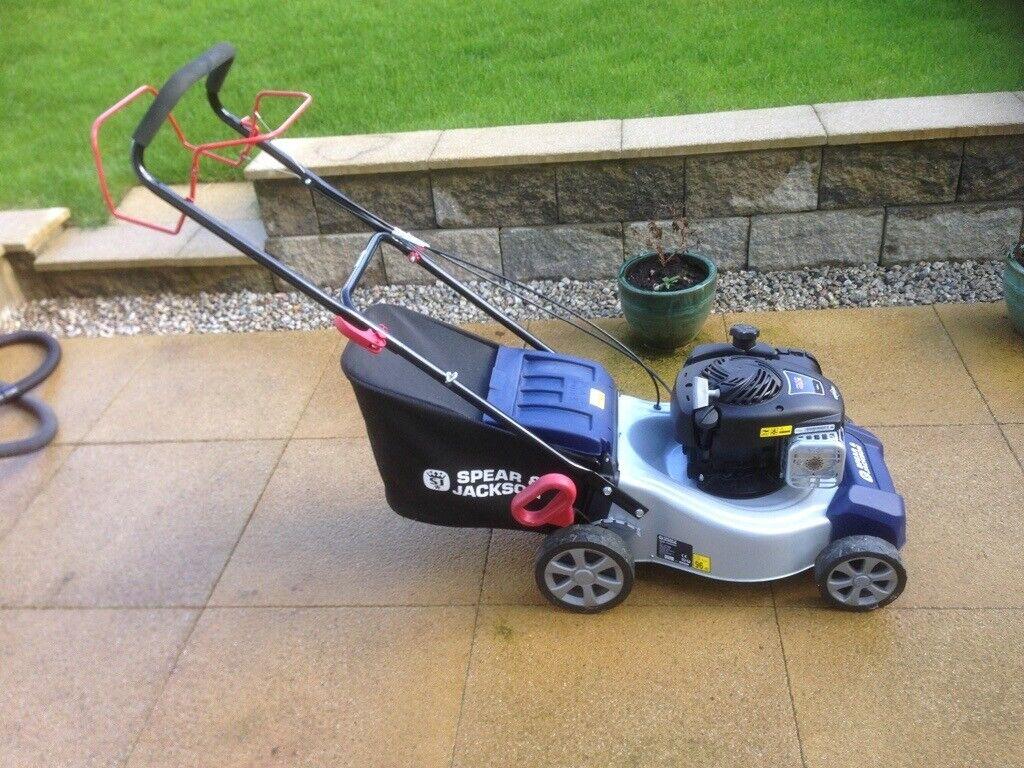 125cc. Spear /& Jackson 41cm Self Propelled Petrol Lawnmower