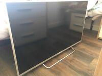 """Sony Bravia 42"""" smart tv"""