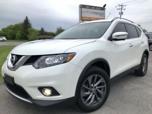 2016 Nissan Rogue SL Premium AWD with NAV, Leather, Pano Roof...