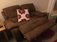 3 and 2 seater recliners, Fab condition, from a smoke free home, very comfy!