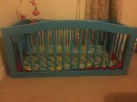 Woodwn baby crib for sale