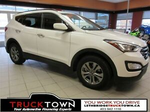 2016 Hyundai Santa Fe Sport HEATED SEATS AND STEERING WHEEL!!