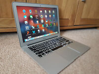 i7 Apple MacBook Air 13""