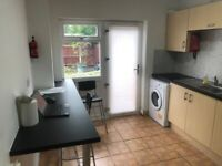 Birmingham - 3 Year Rent to Rent Deal 5 Bed Readymade & Fully HMO Compliant - Click for more info