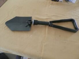 Foldaway spade / entrenching tool, suitable for garden or camping. Never used.