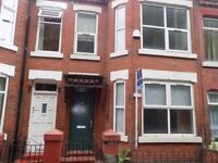 STUDENTS! 5 bedroom house in Salford