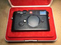 Leica M6 TTL 0.58x (Black) + Leica Summicron-M 35mm f/2 ASPH (Black)